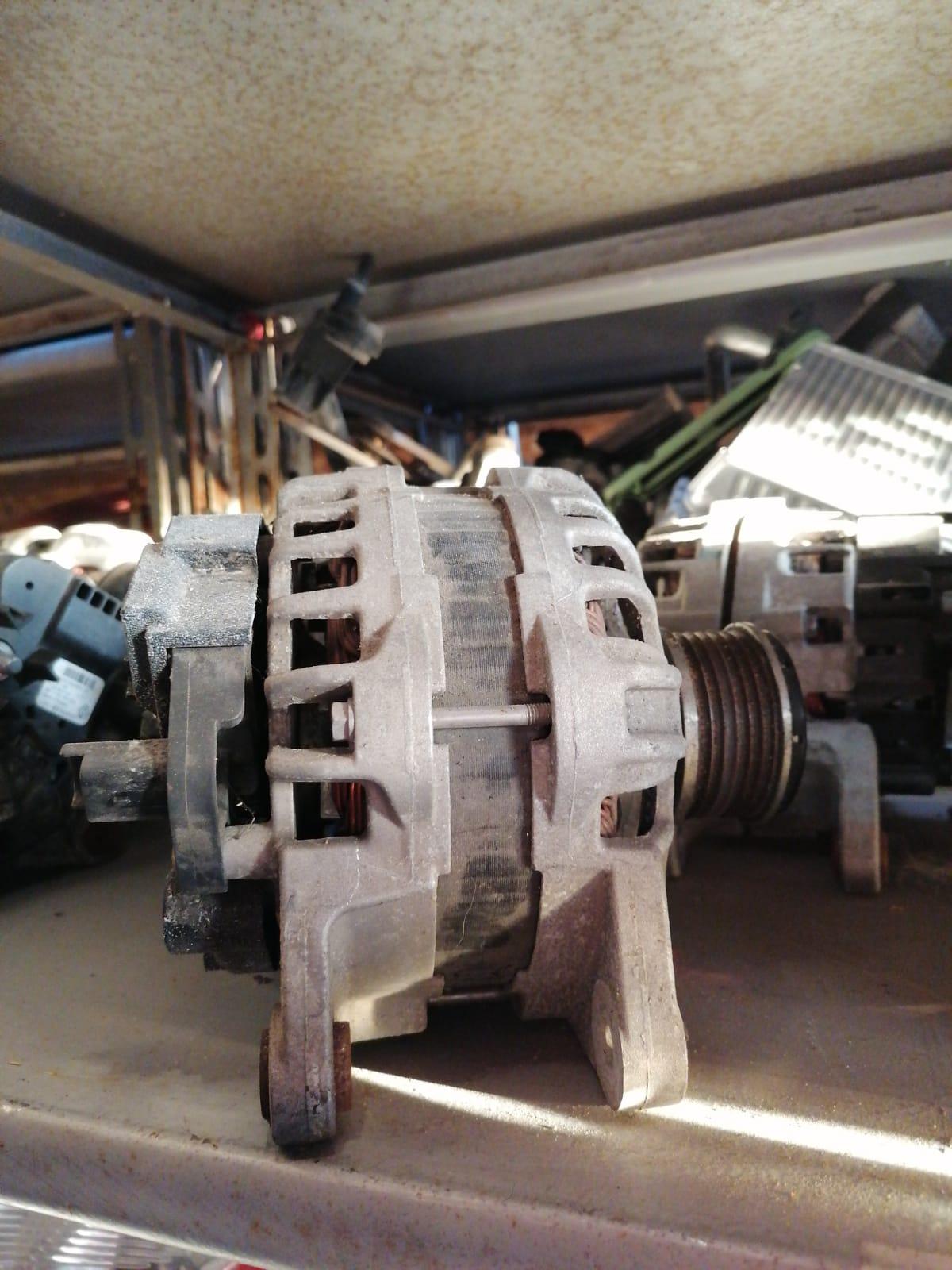 Alternator Dacia Logan cod OEM: 231008593R,telefon 0730912000,SABARENI la iesire din Chitila